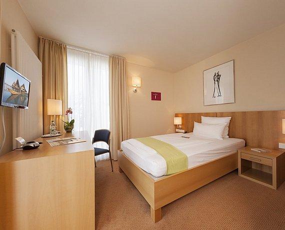 Pension Oder Hotel In Allensbach Am Bodensee